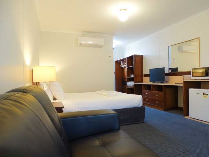 Queen motel room accommodates 1 - 2 people Aireys Inlet